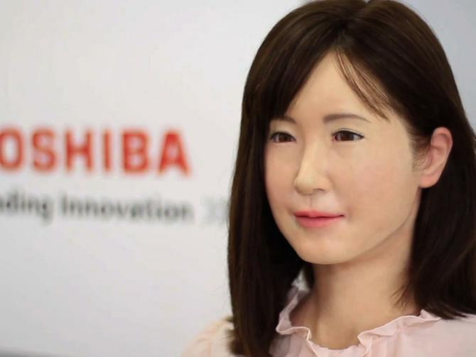 Robot Cantik Ini Bisa Berikan Bahasa Isyarat 4