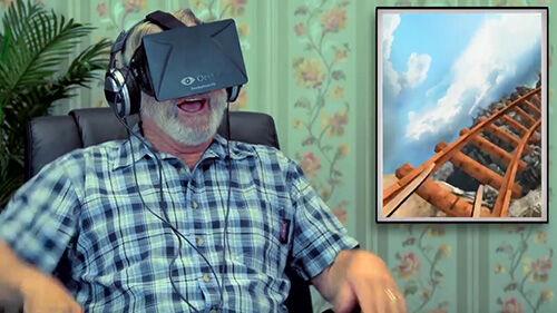 Lucunya Reaksi Orang Tua Ketika Pertama Kali Mencoba Virtual Reality 3