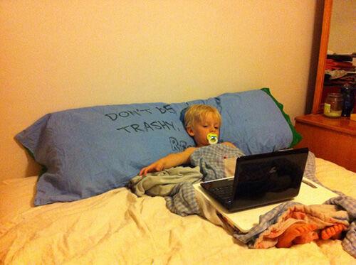 7 Hal yang Bisa Kamu Lakukan dengan PC Kamu Tanpa Koneksi Internet