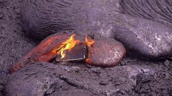 Iphone 6s Lava 1