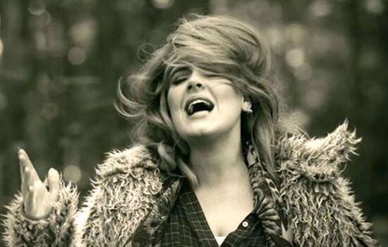 Lagu Adele Hello 2