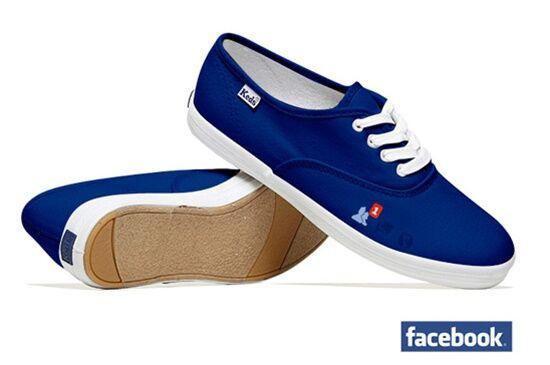 Sneaker Sosial Media Dan Teknologi Mini 16