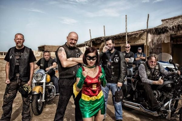 Superhero Di Dunia Nyata Mini 18