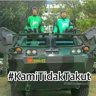 Meme Demo Taksi Blue Bird 10