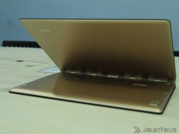 040 Review Lenovo Yoga 900