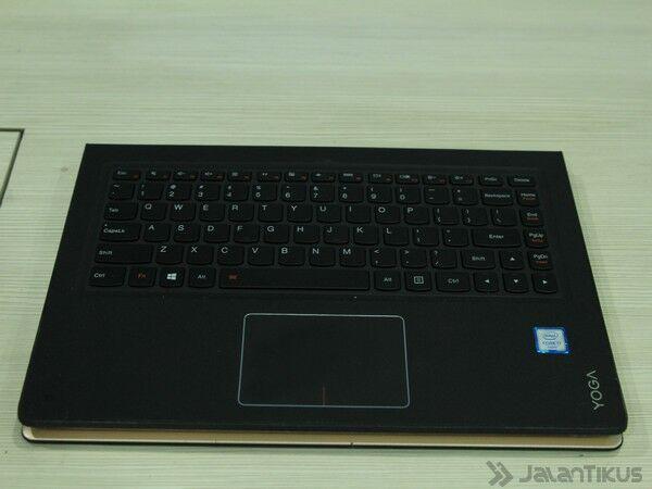 043 Review Lenovo Yoga 900