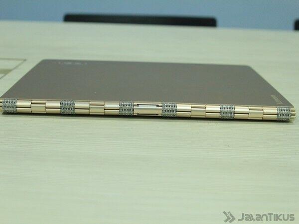 051 Review Lenovo Yoga 900