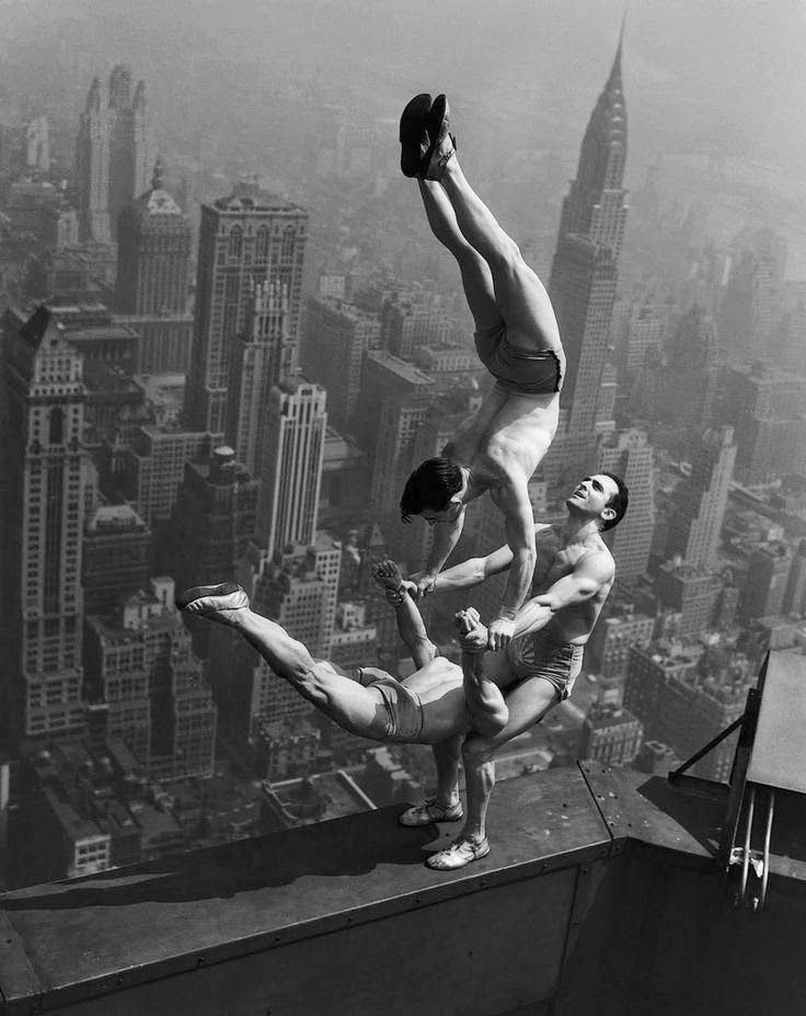 akrobat greget