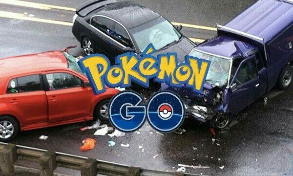 Macet di jalan tol karena Pikachu