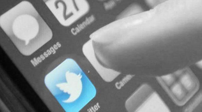 Tips bikin foto kece dengan stiker Twitter