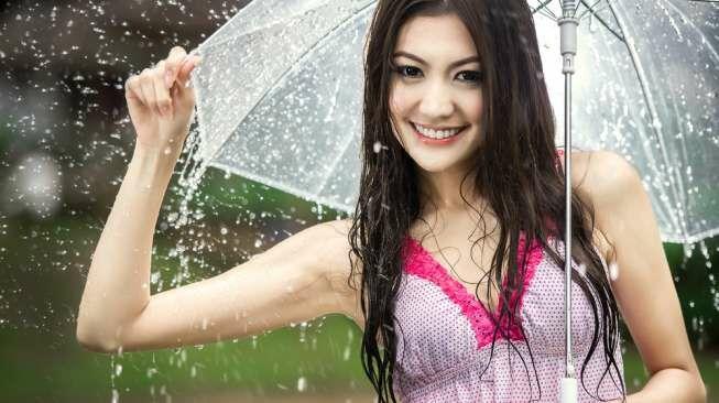Kumpulan Status Media Sosial di Saat Hujan Turun