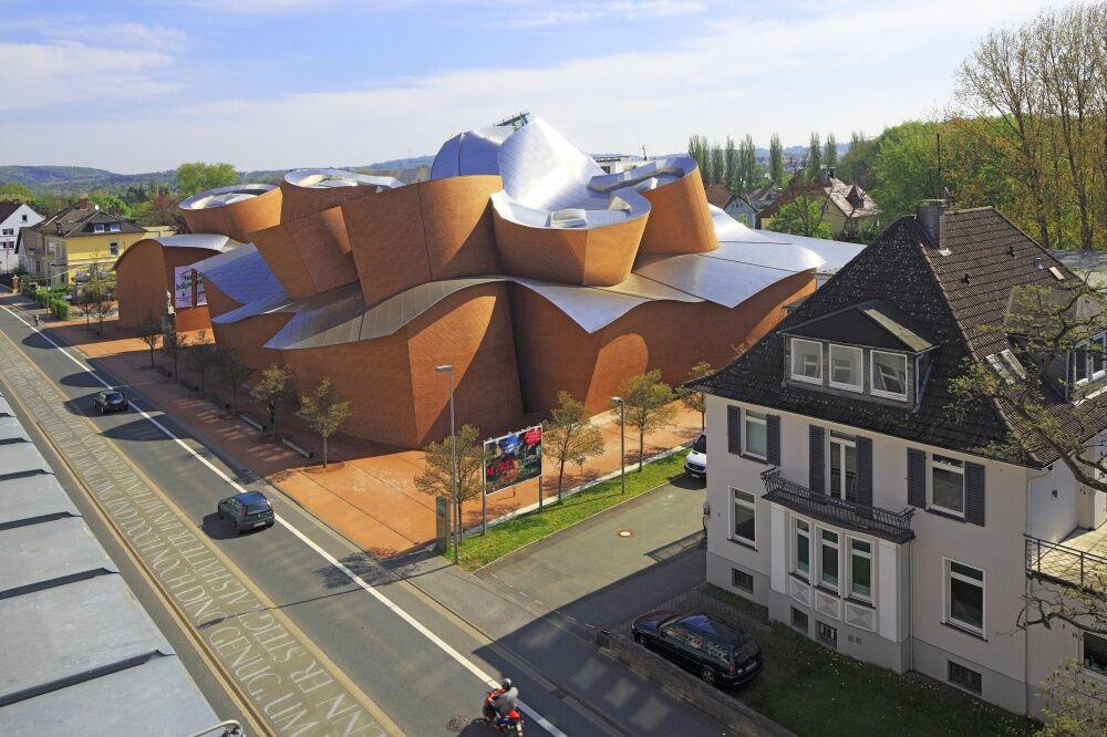 Desain Bangunan Paling Unik Dan Aneh Di Dunia 14