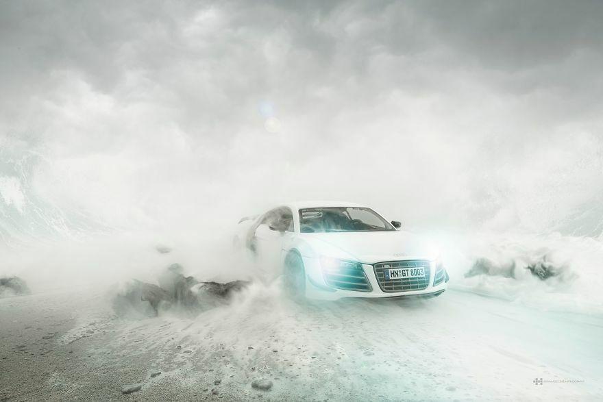 Audi R8 Difoto Dengan Mobil Mainan 6
