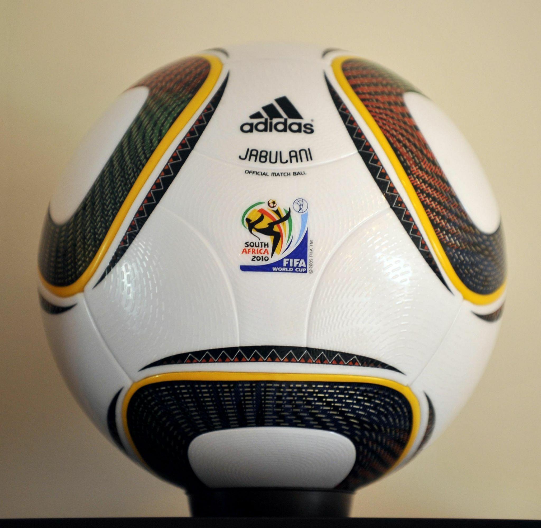 Evolusi Bola Resmi Piala Dunia 5