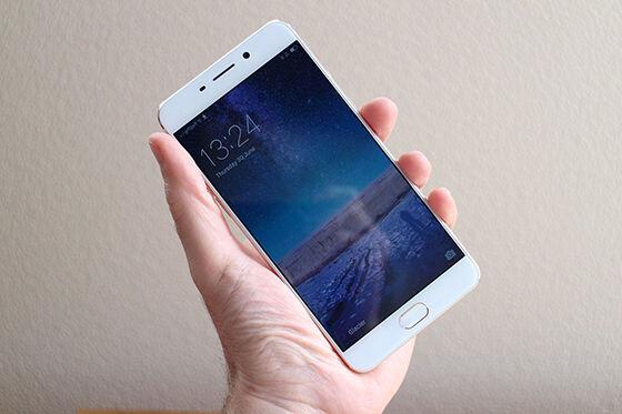 Smartphone Fitur Ois 3
