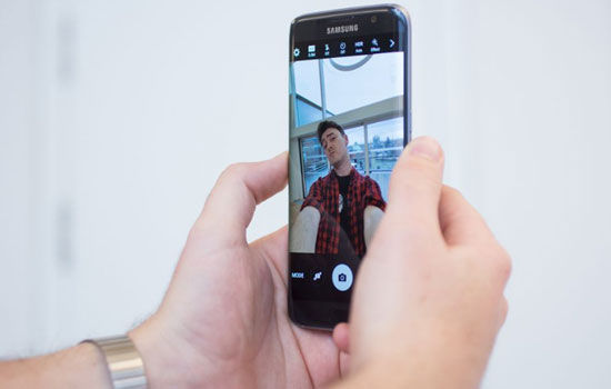 Alasan Jangan Beli Smartphone Flagship 5