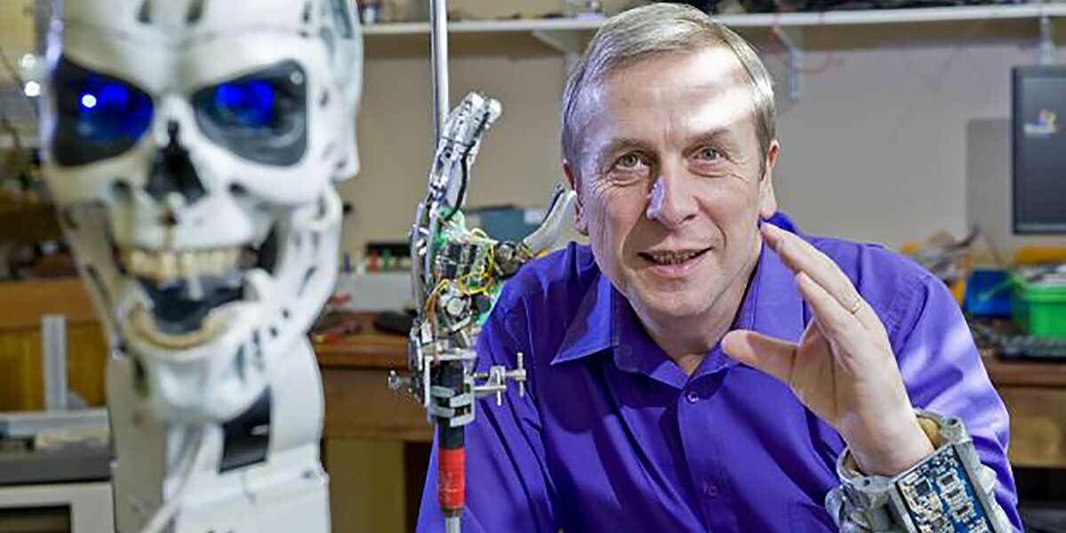 Manusia Setengah Robot 5