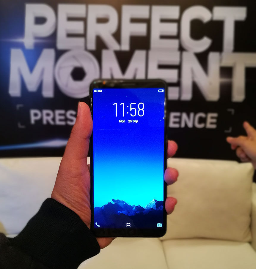 Smartphone Bezel Less Vivo V7 Indonesia 2