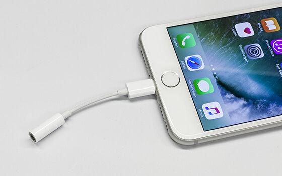 Alasan Jack Audio Smartphone Haram Dibuang 03
