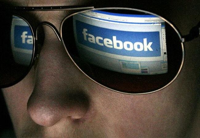 Cara Cek Pacar Selingkuh Menggunakan Facebook