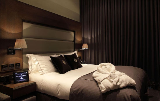 Hotel Paling Canggih 4