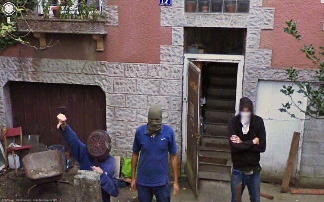Foto Tak Terduga Google Street 8