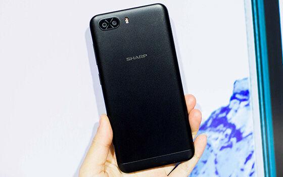 R1s Smartphone Android Terbaru Februari 2018