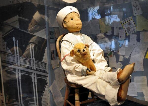 Robert The Evil Doll B9f54