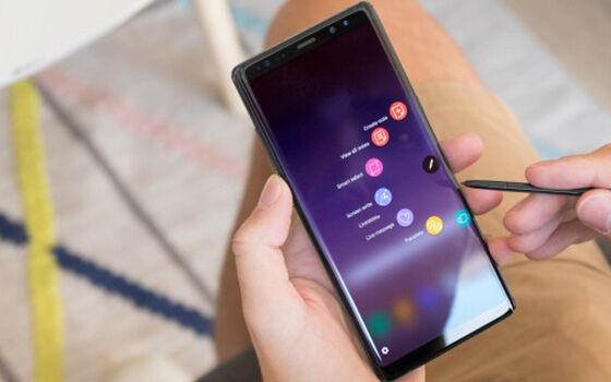 Smartphone Terlaris Di Indonesia 2017 Samsung 6395c