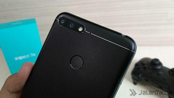 Smartphone Dengan Kamera Terbaik Honor 7a 4 33927
