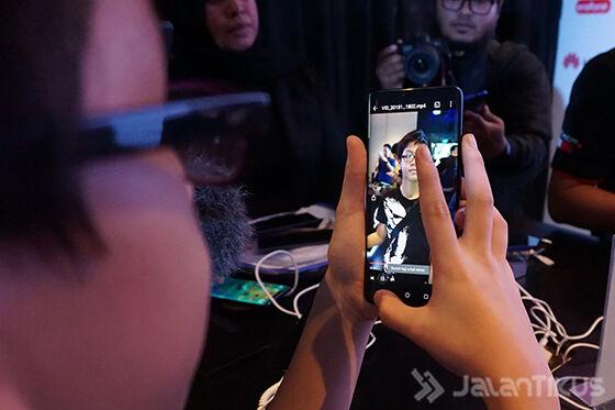 Spesifikasi Huawei Mate 20 01 E7bc0