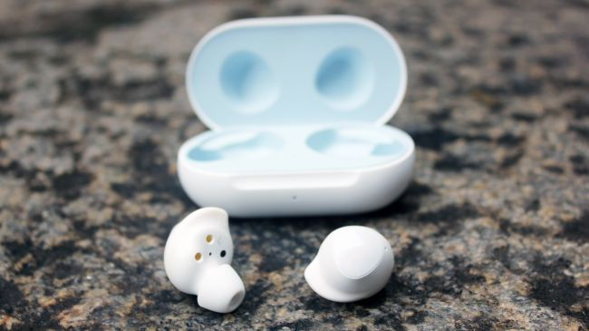 Wireless Earbuds D E772d