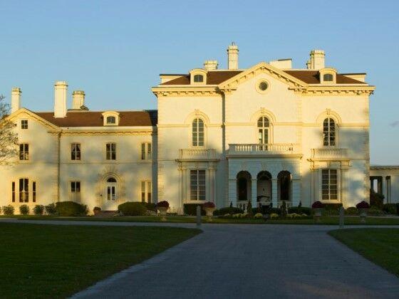 Larry Ellison House A0560