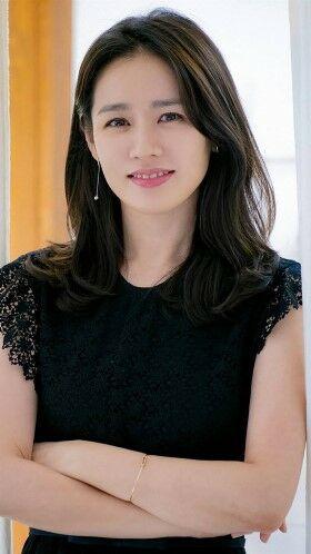 Foto Aktris Korea Cantik Son Ye Jin 01 Fc074