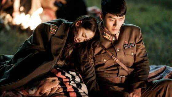 Drama Korea Paling Overrated Crash Landing On You Custom A418c