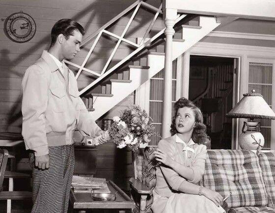 Film Bikin Aktornya Pensiun Shirley Temple Ef665