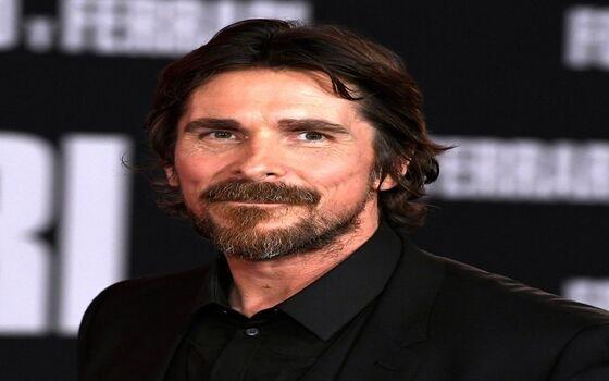 Aktor Ternama Yang Memiliki Kebiasaan Aneh Christian Bale 7b2fa