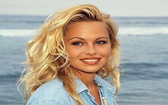 Aktor Ternama Yang Memiliki Kebiasaan Aneh Pamela Anderson Ad7ac