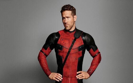 Aktor Yang Mencuri Properti Syuting Ryan Reynolds F6fdc