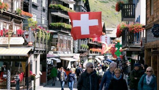 Swiss 78037