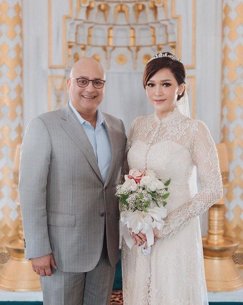Pernikahan Sederhana 4 5b3f4