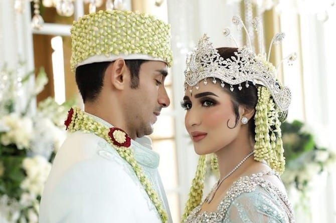 Tania Nadira Dan Abdullah Alwi 28156
