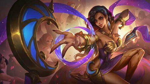 Esmeralda 1b42c