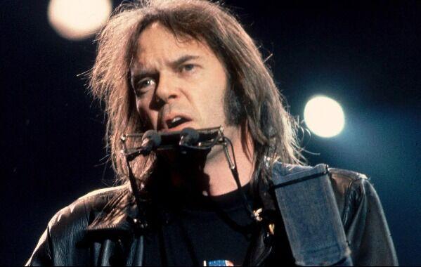 Neil Young B429e