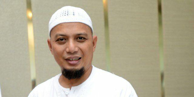 Ustad Muhammad Arifin Ilham 55833