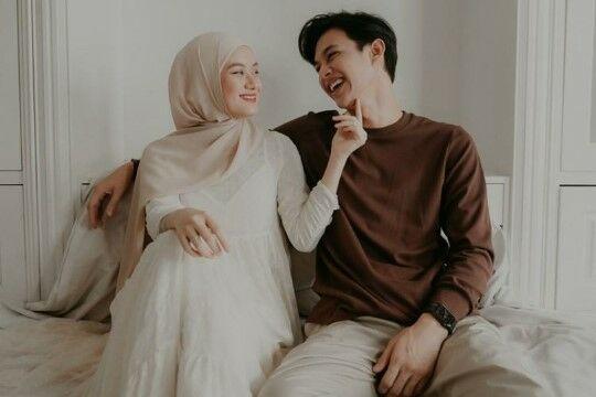 Pasangan Artis Indonesia Yang Jalani Puasa Sebagai Suami Istri Di Ramadhan 2021 Ba1fb