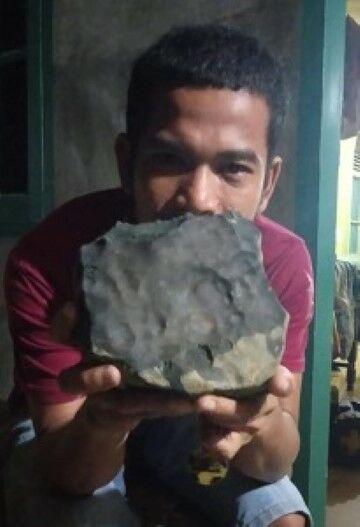 Josua Hutagalung Penemu Meteor Di Atap Rumah Cd50b