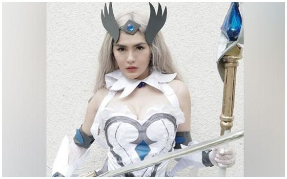 Potret Artis Indonesia Yang Cosplay Karakter Anime Game Angela Lee 7c3c6