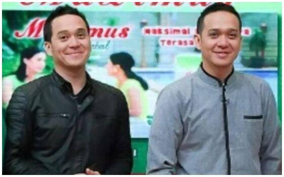 Artis Kembar Yang Kompak Berkarir Di Dunia Hiburan Fadli Fadlan 57cad