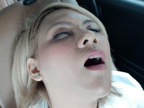 Potret Kocak Artis Cantik Saat Tidur Mangap 11506